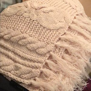 Love and Lore northen cable knit scarf